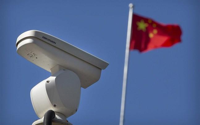 En kamera i en vägkorsning i Kinas huvudstad Peking.