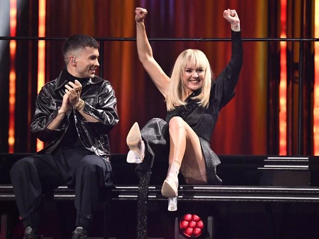 "Anna Bergendahl går direkt till Melodifestivalens final med ""Kingdom come""."