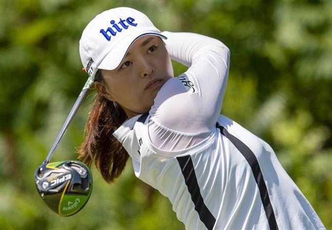 Sydkoreanska världsettan Ko Jin-Young skulle ha deltagit tävlingen i Singapore, som nu ställs in på grund av coronavirusutbrottet.