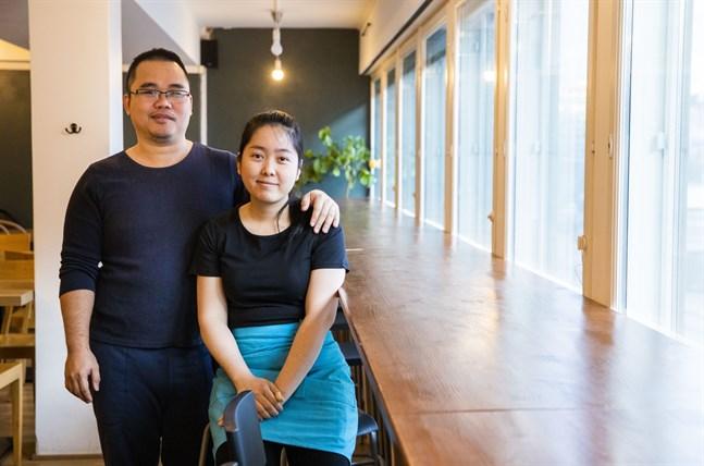 Chau Tran och Linh Le har sålt glass vid fängelsestranden i två somrar. Nu satsar de större, på en egen asiatisk restaurang i centrum.