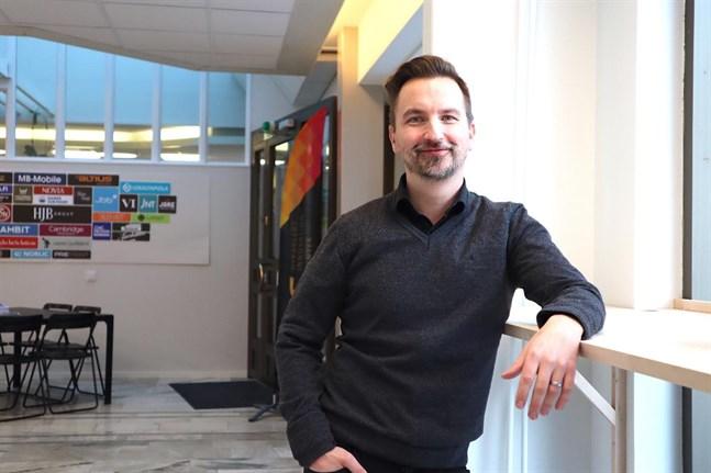 Dan-Ove Stenfors på Svenska Österbottens pälsdjursodlarförening gör allt han kan för att stöda farmarna.