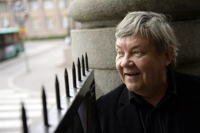 Skådespelaren Juha Muje, som växte upp i Jakobstad, har gått bort.