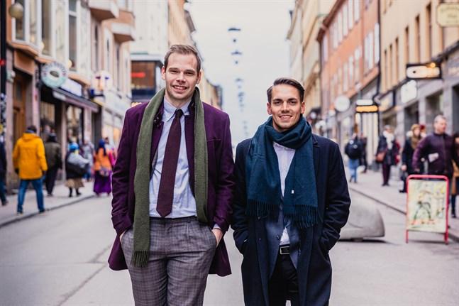 Christopher Oksman ochEdvin Årefors på Götgatan i Stockholm.