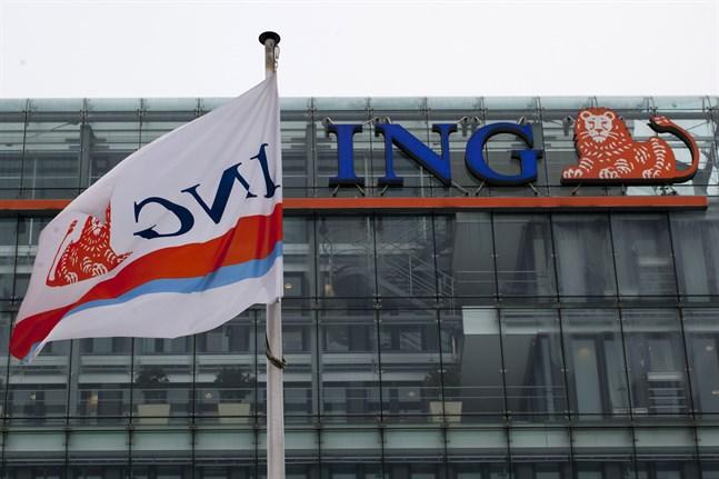 Den nederländska banken ING:s huvudkontor i Amsterdam är den senaste mottagaren i en serie brevbombsattentat i landet. Polisen misstänker att utpressning är motivet. Arkivbild