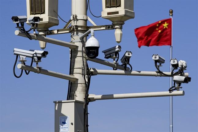 Finlands försvarsmakt misstänker att det finns spioner bland kinesiska studenter i landet.