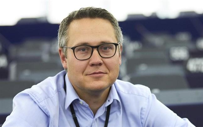 Den svenske ledamoten Johan Danielsson (S) blir EU-parlamentets ansvarige för frågan om sommartidens framtid.