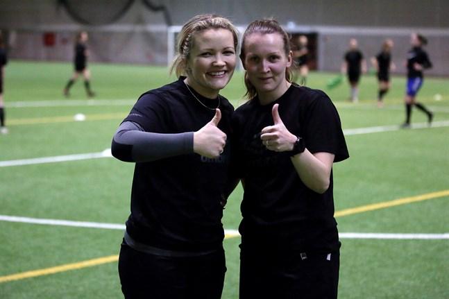 Josefina Broberg-Nyström och Sanna Ög är två United-spelare som är övertygade om att det här blir bra.