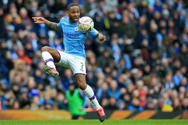 Raheem Sterling spelar i Manchester City.