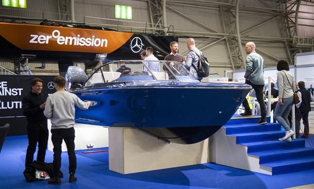 Den största besökarkategorin på årets båtmässa i Helsingfors utgjordes av motorbåtsintresserade.