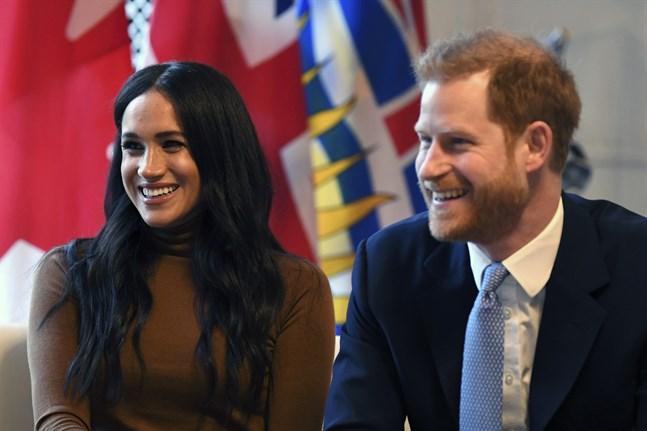 Storbritanniens prins Harry och hans hustru Meghan kommer även i framtiden kunna kalla sig hertigen och hertiginnan av Sussex. Däremot kommer de inte använda varumärket Sussex Royal. Arkivbild.
