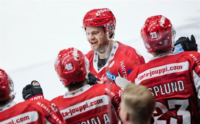 Aaro Vidgren gjorde sitt första mål för säsongen när matchen stod och vägde i tredje perioden.