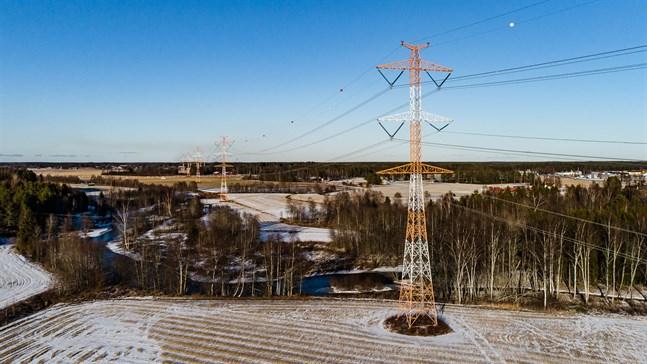 Fi-Nergys försäljning av elabonnemang via telefon har kritiserats tidigare i vinter då de även aktiverat sig i Österbotten. Bilden tagen i Kronoby.