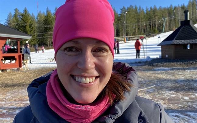 Föret var tungt i Vasaloppet men Elisabeth Nybacka njöt ute i spåret.