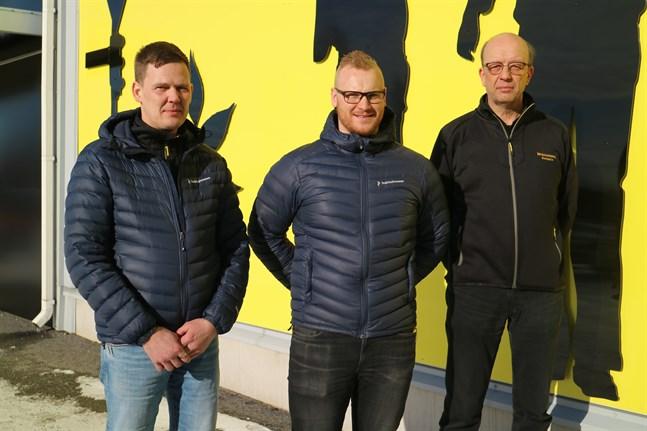 Stefan Aspfors och Robin Myrevik ser till att Mekonomen har verksamhet i Karleby medan Jari Sysimetsä ser till att all expertis från föregångaren Auto Åström finns kvar.