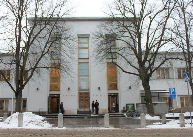 Den här veckan delas böcker ut vid Vasa stadsbibliotek.