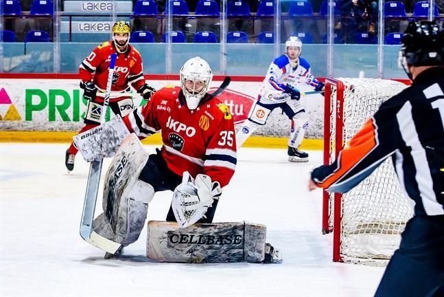 Vilho Heikkinen höll nollan i 64 minuter.