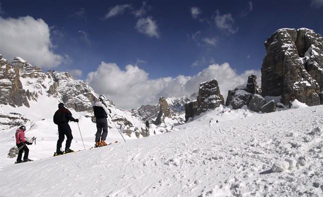 Coronaviruset härjningar i Italien gör att Cortina inte kommer stå som arrangör för säsongsavslutningen.