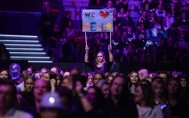 Melodifestivalen kommer att genomföras med publik, enligt SVT:s senaste besked.