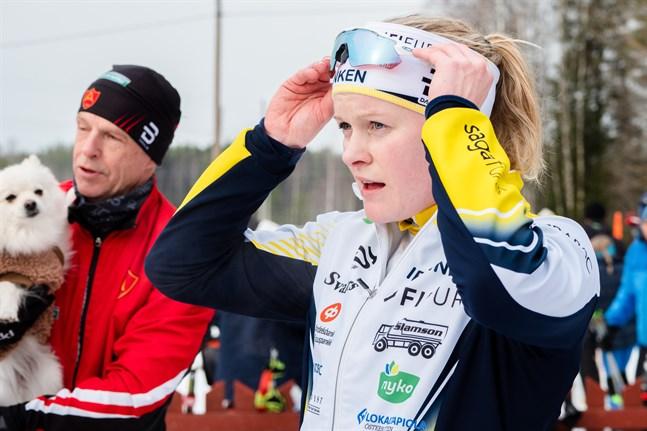 """Andrea Julin gjorde vinterns bästa tävling i den individuella sprinten i FM och var ett """"knästående""""  från finalplats."""