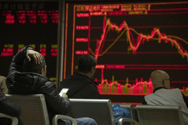Hang Seng-index vände uppåt efter fallet under måndagen. Arkivbild.