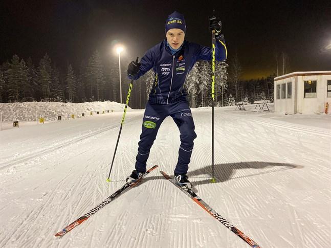 Lukas Kuuttinen är redo att möta landets skidelit över veckoslutet.