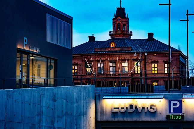 Största enskilda ägaren  till Torgparkeringen My Capital försattes i konkurs i mitten av april.