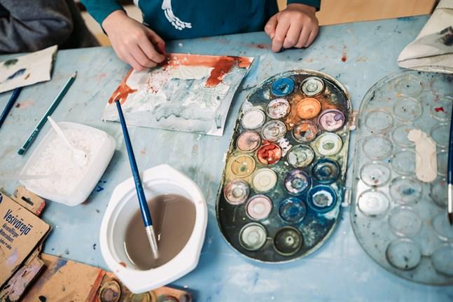 Att välja färg och pensel är inte alltid det lättaste.