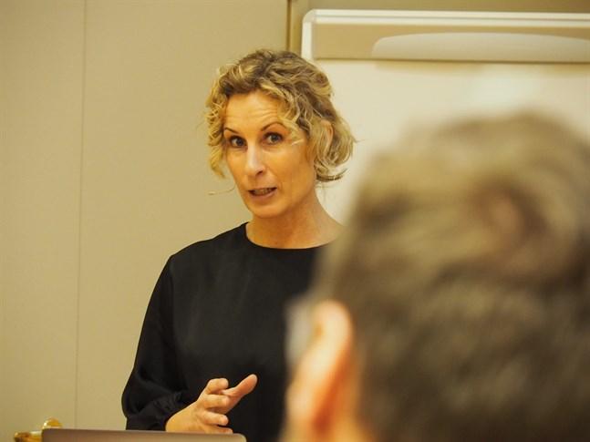 Antropolog Katarina Graffman föreläste om ungas medievanor under föreläsningsrubriken generation z och digitala beteenden.