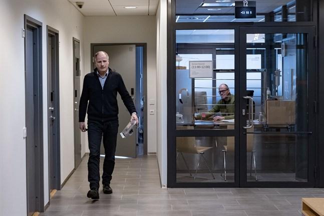 Kriminalkommissarie Ove Storvall tror att den försvunna Sven-Erik Österlunds bil snart kommer att påträffas.