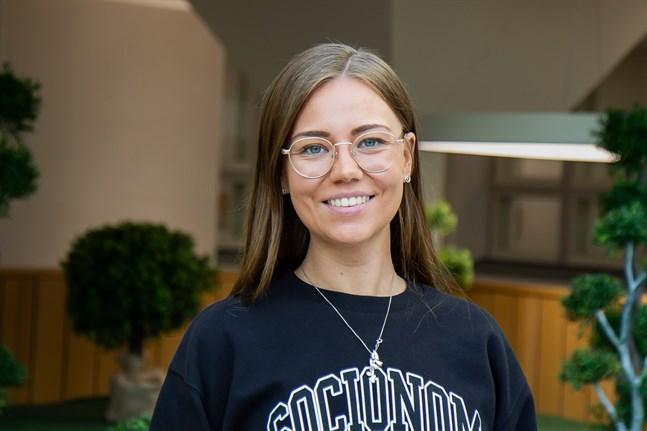 Eliina Sarinko, socionom (YH), Vasa