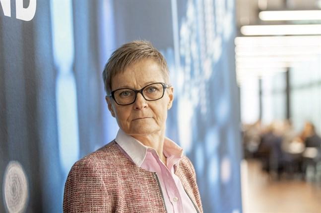 Nina Kopola leder Business Finland som lovar hjälpa företag i kris.