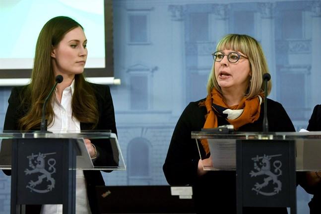 Statsminister Sanna Marin och social- och hälsovårdsminister Aino-Kaisa Pekonen.