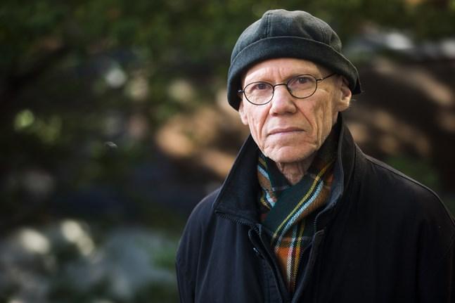 Göran Ekström får 1 700 euro för att skriva en ny bok.