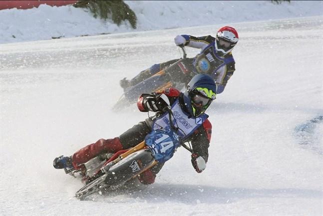 Christer Biskop i full fart i Berlin, en av de få tävlingarna han deltog i vinter.