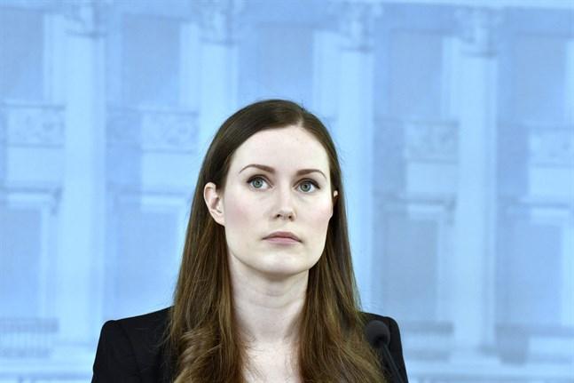 Finlands Statsminister Sanna Marin säger till Yle att strängare begränsningar kan införas om de nuvarande restriktionerna inte har effekt.
