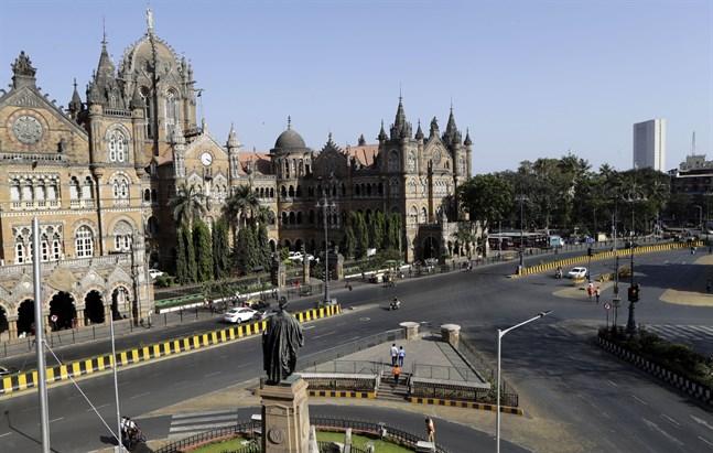 Öde gator i Indien, här i Bombay.