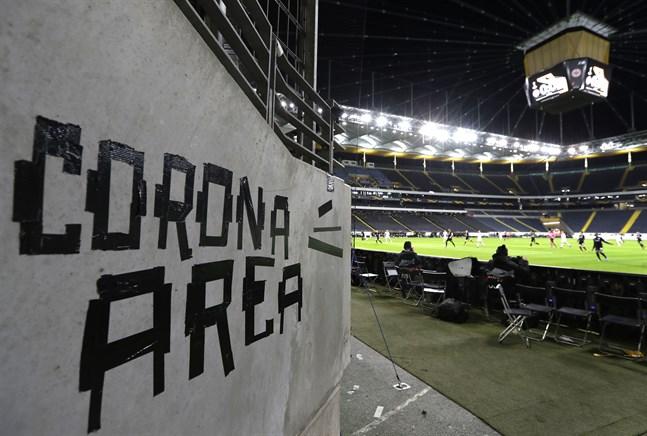 De europeiska klubblagsfinalerna är skjutna på framtiden på grund av coronavirusets spridning.
