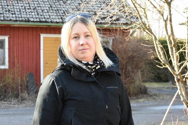 Malin Wester säger att en del Närpesbor redan har fått hjälp tack vare gruppen.
