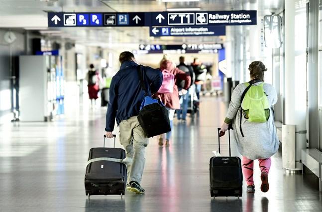 För att minska risken för att coronaviruset sprids ska alla återvändande finländare som landar på Helsingfors-Vanda flygplats få handledning av hälsovårdsexperter.