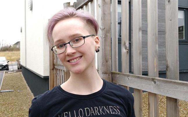 Micaela Skog från Korsholm studerar till vardags till socionom vid yrkeshögskolan Novia. Just nu befinner hon sig på studieutbyte i Skottland.