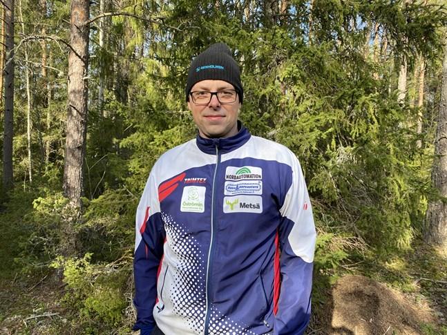 Rune Bergström, ordförande i OK Kristina, planerar lägga ut träningsbanor i skogen för de som vill träna på egen hand.