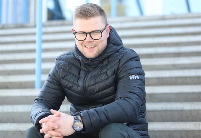 Jesper Söderholm tänker sträva efter att få till ett mer organiserat försvarsspel i Malax IF.