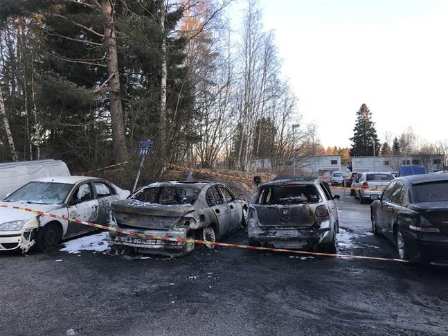 Så här såg det ut efter den senare branden på Fasanstigen söndagen den 29 mars.