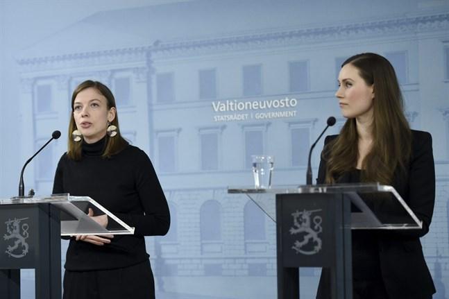 Undervisningsminister Li Andresson och statsminister Sanna Marin.