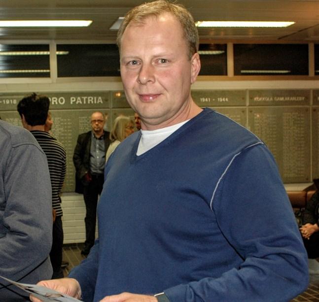 Joakim Niemi är vd för Niemi & Sandkvist, som nu utökar sin verksamhet med ett företagsköp.