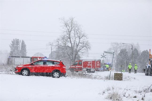 Olyckan inträffade intill Långstrandvägen i Korsholm.