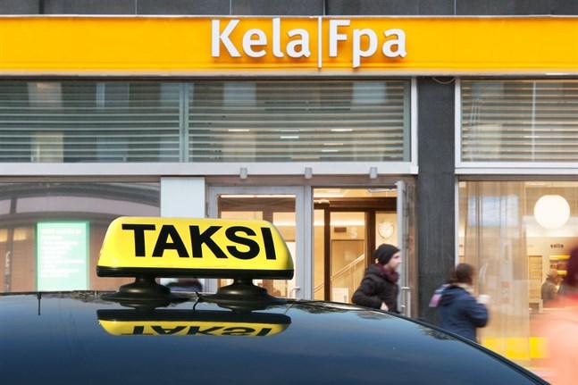 Med anledning av coronaviruset samordnas undantagsvis inte de taxiresor som kunderna gör med så kallad FPA-taxi, det vill säga flera kunder åker inte tillsammans i samma taxi.