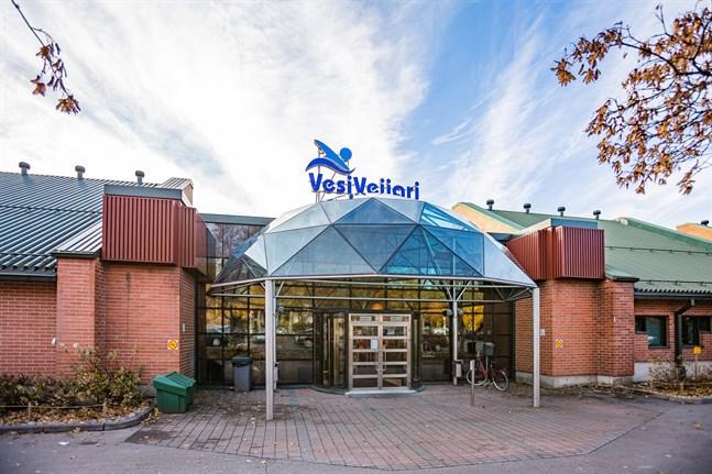 Simhallen i Karleby, VesiVeijari, kan öppna igen.