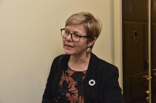 Genom att öka stödsumman till naturskydds- och miljöorganisationer vill vi framhålla civilsamhällets betydelse när det gäller att uppnå det gemensamma målet, säger miljö- och klimatminister Krista Mikkonen (Gröna). Arkivbild.