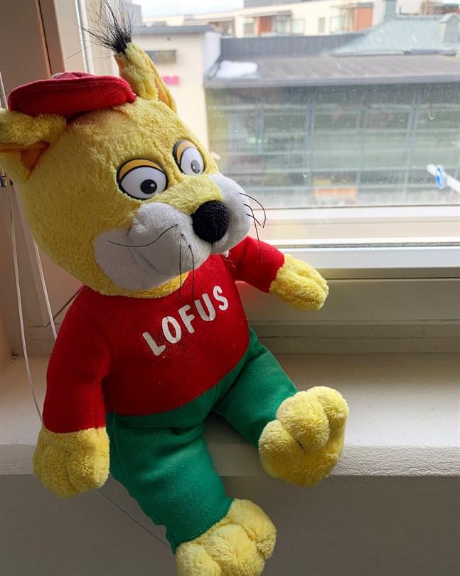Självklart är också Lofus med i teddybjörnsjakten.